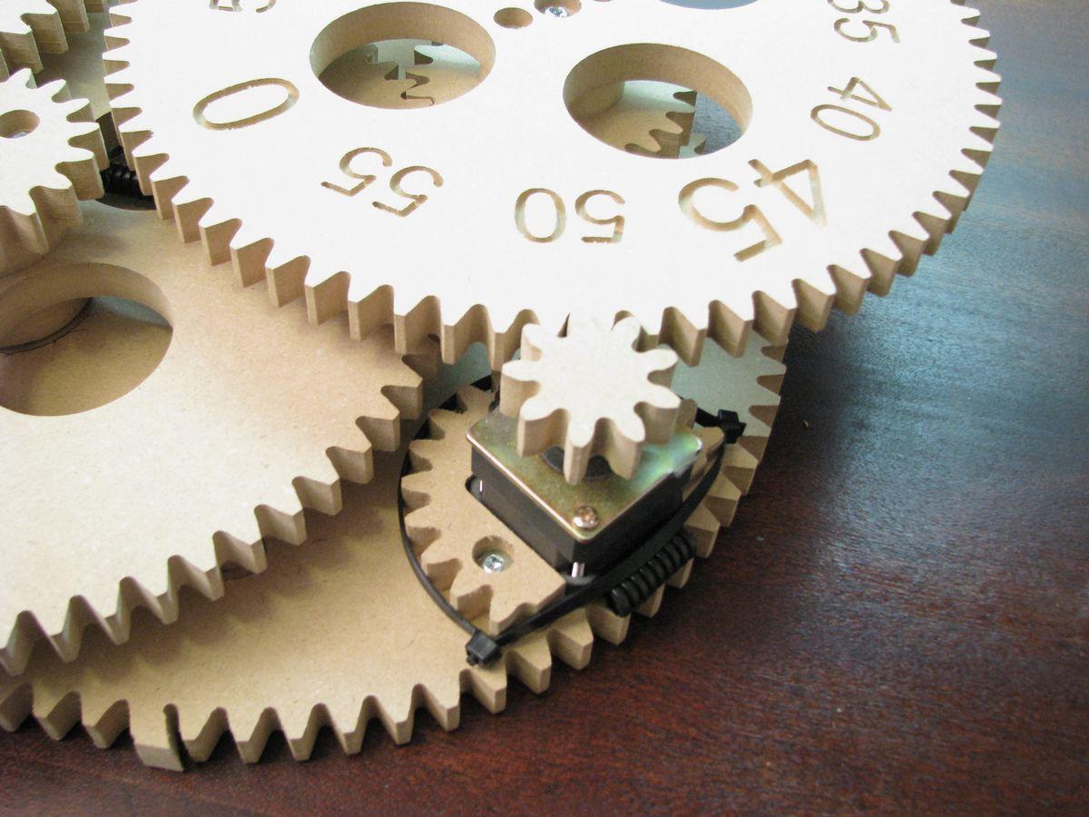 Gear Clock - Alan Parekh's Electronic Projects